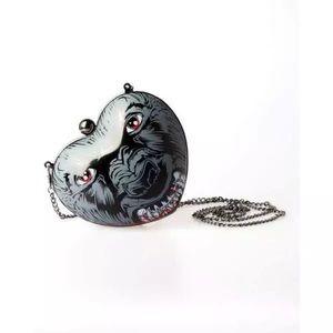 Iron Fist Wolf heart clam shell clutch chain bag